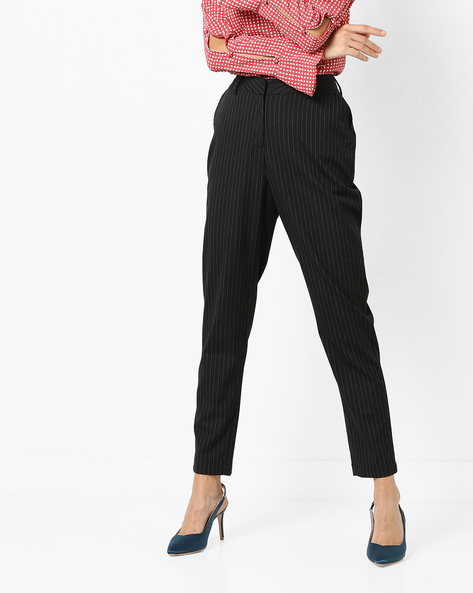 Mid-Rise Ankle-Length Trousers By AJIO ( Black )