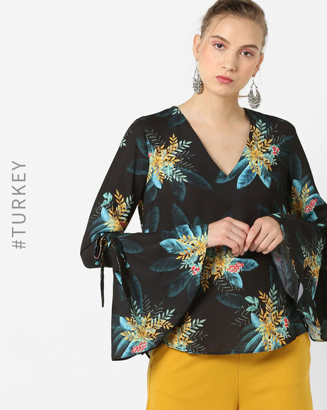 Printed V-neck Top With Bell Sleeves By TRENDYOL ( Black )