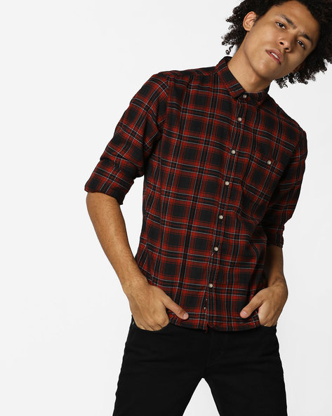 Checked Slim Fit Shirt With Patch Pocket By FLYING MACHINE ( Red )