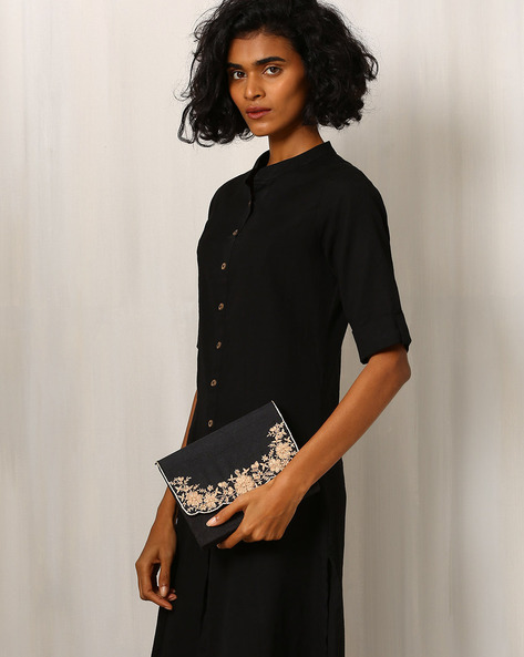 Raw Silk Box Clutch With Floral Embroidery By Molcha ( Black )