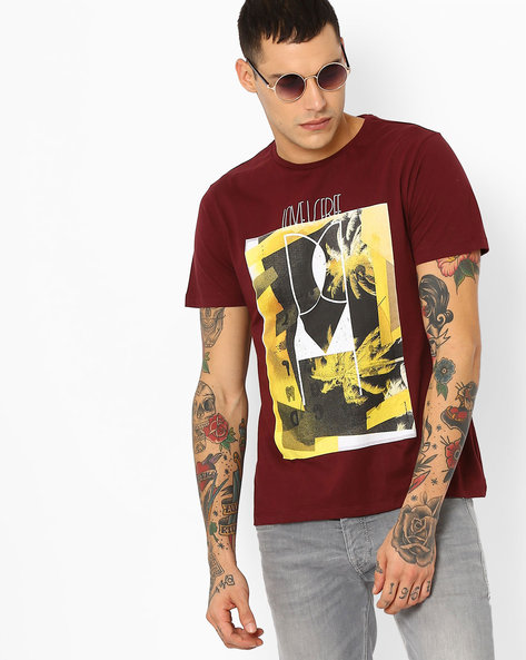 Graphic Print Slim Fit T-shirt By AJIO ( Maroon )