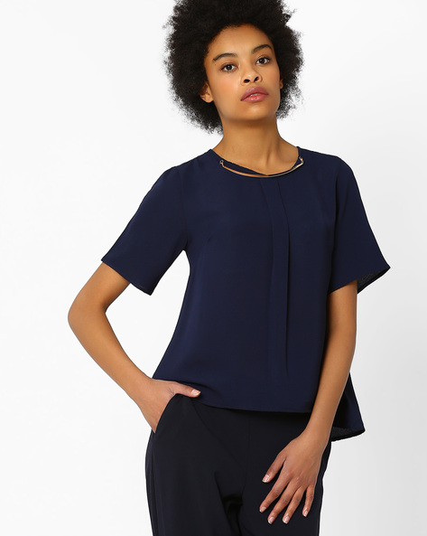 Pleat-Front Top With Detachable Necklace By FIG ( Navy )