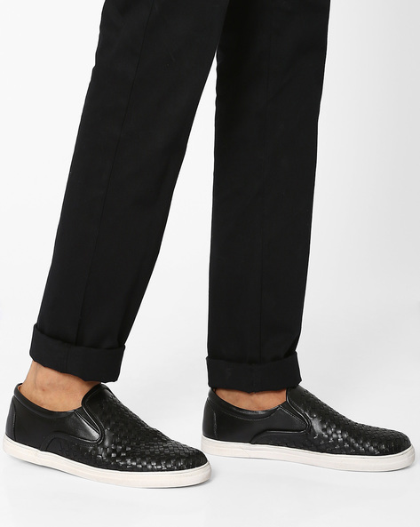 Textured Faux Leather Sneakers By Modello Domani ( Black )
