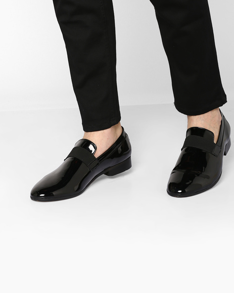 N9-Treated Formal Slip-On Shoes By AJIO ( Black )