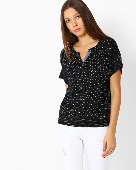 Printed Top With Roll-up Sleeve Tabs By DNMX ( Black )
