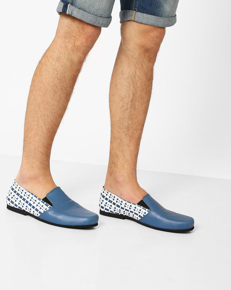 Aztec Print Slip-On Shoes By Funk ( Blue )