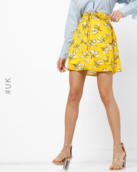 Floral Print Skirt With Lace-Up By OEUVRE ( Yellow )
