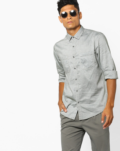 Slim Fit Shirt With Patch Pockets By AJIO ( Olive )