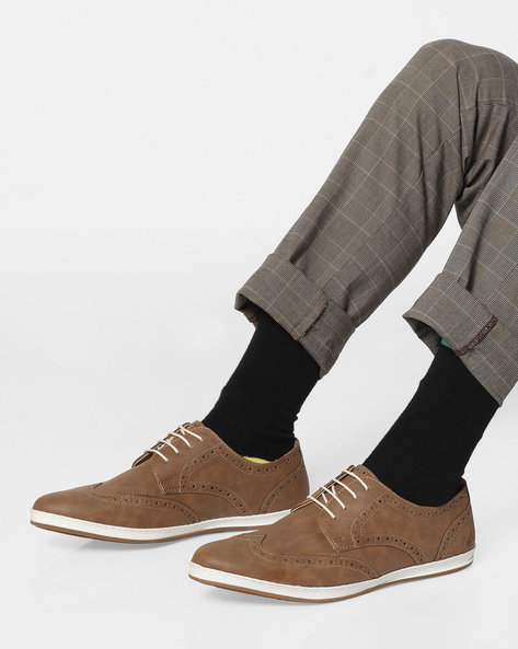 Derby Shoes With WIngtip Broguing By Bond Street By Red Tape ( Mushroom )