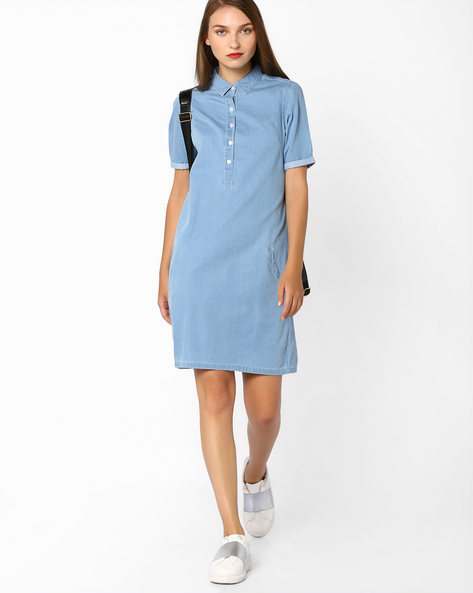 Denim Shirt Dress With Pockets By AJIO ( Lightblue )