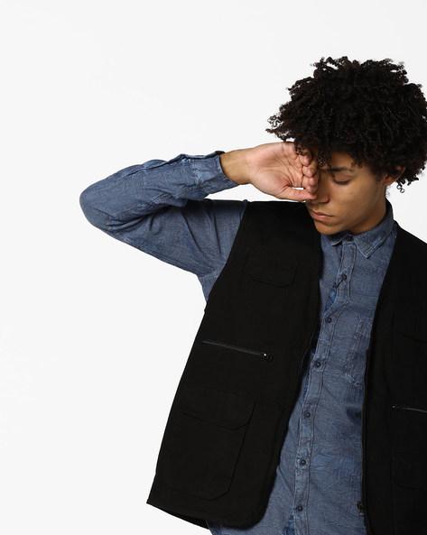 Sleeveless Jacket With Flap Pockets By AJIO ( Black )
