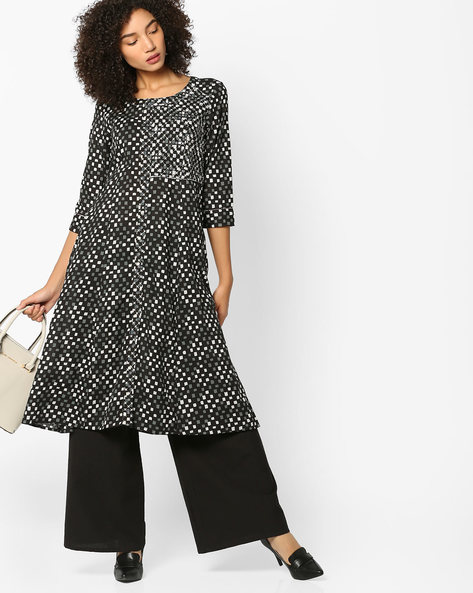 Printed Flared Kurta With Embroidery By AJIO ( Black )