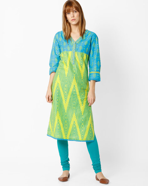 Printed Straight Kurta With Embroidery By Rangriti ( Ltgreen )