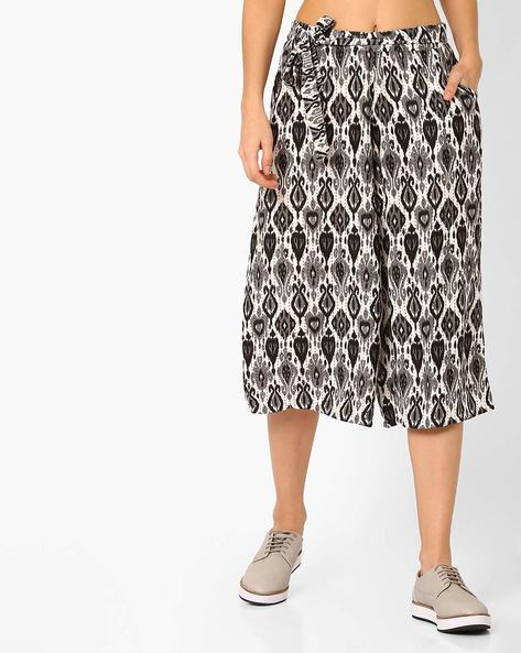 Printed Culottes With Tie-Up By Izabel London By Pantaloons ( Black )