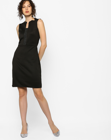 Sheath Dress With Cut-Out Neckline By AJIO ( Black )