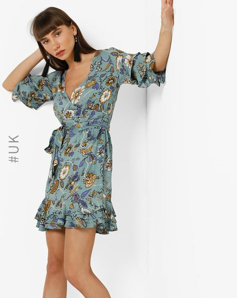 Floral Print Dress With Surplice Neckline By OEUVRE ( Blue )