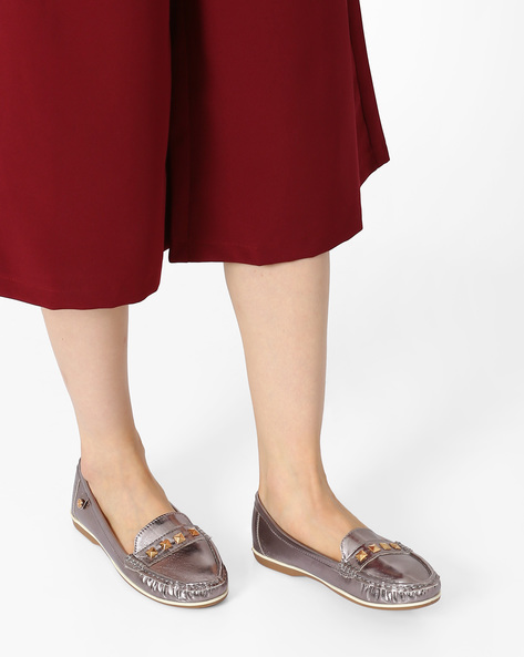 Textured Loafers With Pyramid Studs By Carlton London ( Grey )