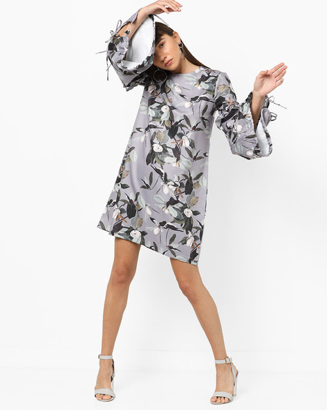 Floral Print Dress With Tiered Bell Sleeves By AJIO ( Grey )