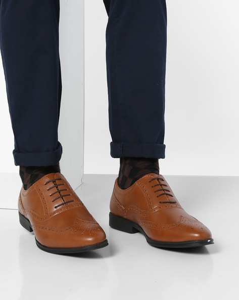 Lace-Up Shoes With Broguing By Bond Street By Red Tape ( Tan )