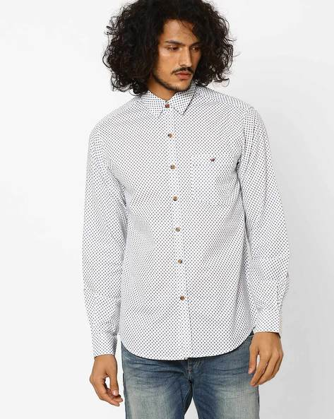 Printed Slim Fit Shirt With Patch Pocket By Wills Lifestyle ( Blue )
