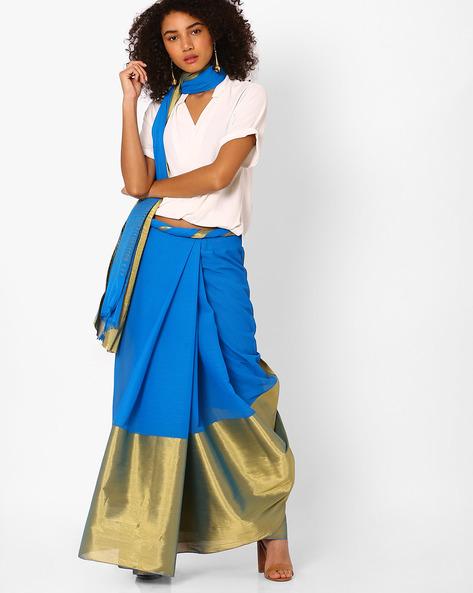 Colourblock Saree With Striped Pallu By Pihu ( Blue )