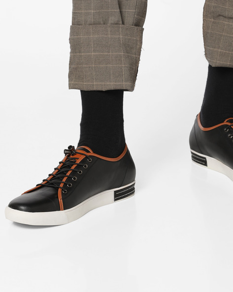 Low-Top Lace-Up Sneakers By DUKE ( Black )