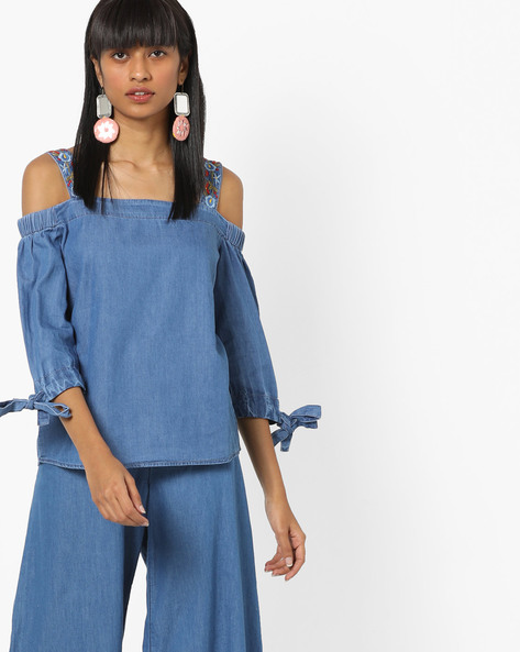 Cold-Shoulder Top With Embroidery By KRAUS ( Blue )