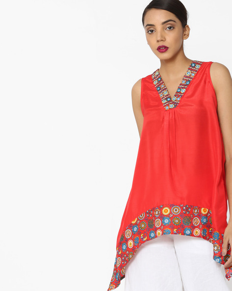Sleeveless Top With Dipped Hem By Akkriti By Pantaloons ( Red )