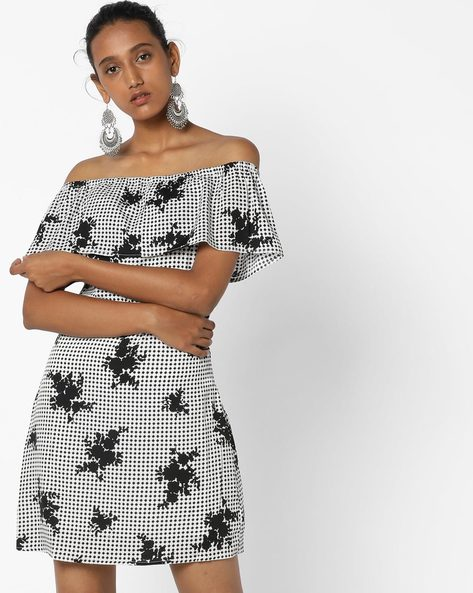 Printed Dress With Off-Shoulder Sleeves By Oxolloxo ( Multi )