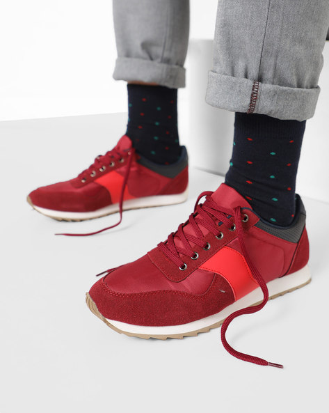 Panelled Lace-Up Sports Shoe By AJIO ( Red )