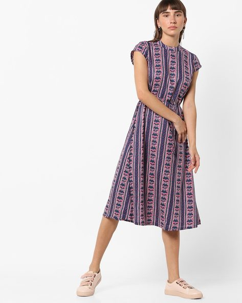 Printed A-line Midi Dress With Waist Tie-Up By AJIO ( Pink )