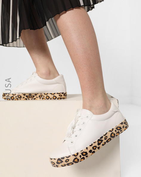 Lace-Up Shoes With Leopard Print Outsole By QUPID ( White )