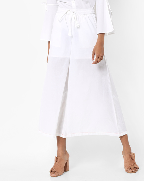 Mid-Rise Culottes With Tie-Up By AJIO ( Offwhite )