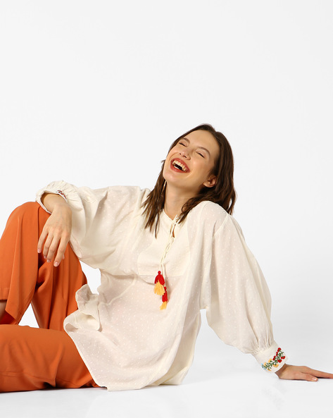 Tunic With Tasselled Tie-up By AJIO ( Offwhite )