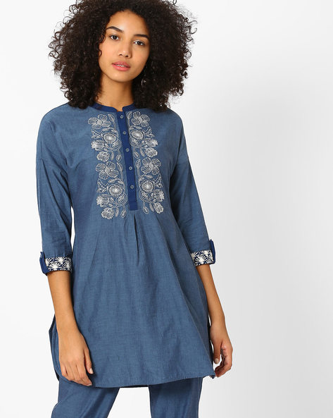 Tunic With Floral Embroidery By AJIO ( Blue )