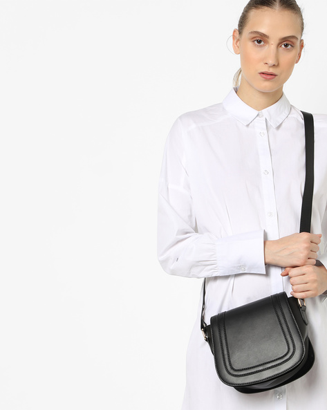 Saddle Sling Bag By Carlton London ( Black )