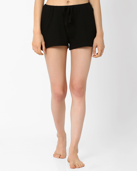 Lounge Shorts With Drawstring Waist By AJIO ( Black )