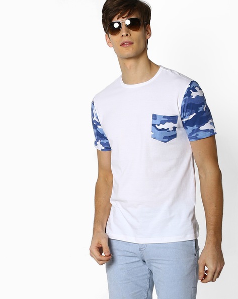 Crew-Neck T-shirt With Camo Print Sleeves By DEEZENO ( White ) - 460106834001