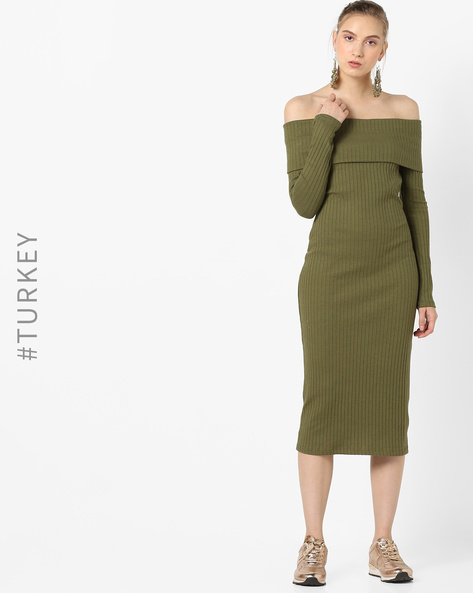 Off-Shoulder Ribbed Midi Dress By TRENDYOL ( Khaki )