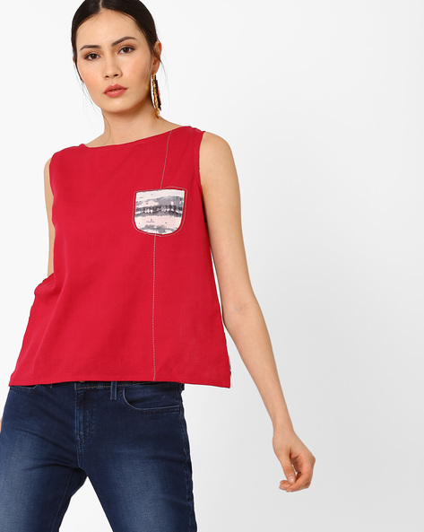 Sleeveless Top With Overlapping Back By AJIO ( Red )