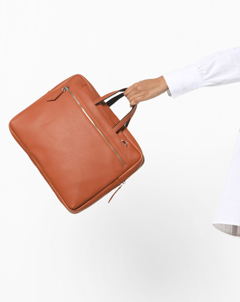 Minimal Laptop Bag With Shoulder Strap By Toteteca ( Tan )