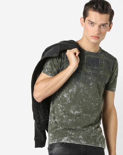 Geometric Print T-shirt With Acid Wash Effect By Killer ( Olive )