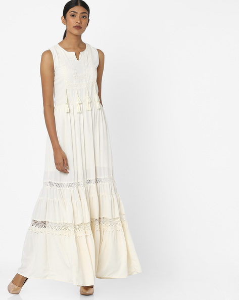 Tiered Maxi Dress With Embroidered Bodice By Tokyo Talkies ( Offwhite )