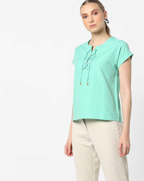 Top With Front Lace-Up By AJIO ( Green )