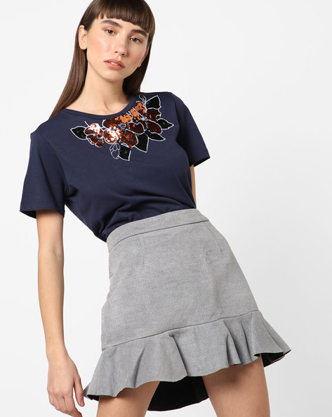 Top With Sequinned Floral Pattern By TRENDYOL ( Navyblue )