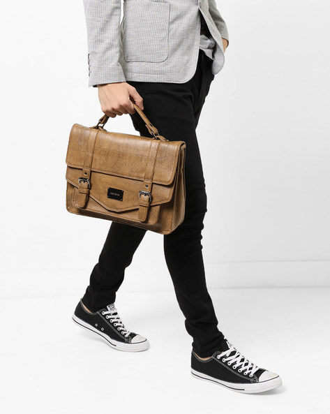Textured Messenger Bag With Detachable Strap By GAUGE MACHINE ( Tan )