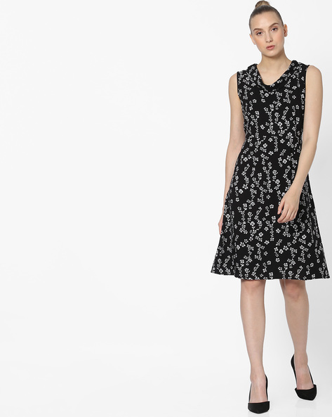 Floral Print Shift Dress By FIG ( Black )