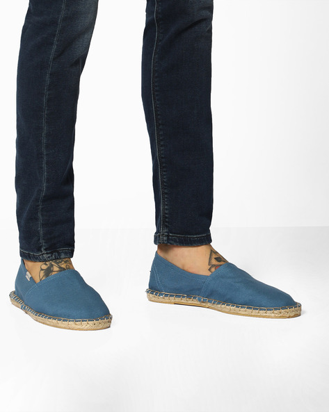 Canvas Espadrilles With Contrast Stitch By UNITED COLORS OF BENETTON ( Blue )