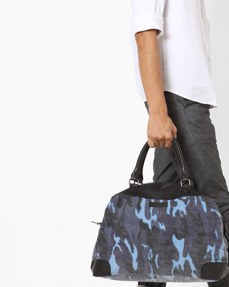 Camouflage Print Curve Edge Duffle Bag By JUSTANNED ( Blue )