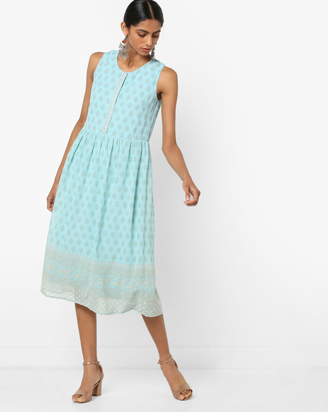 Printed Fit & Flare Sleeveless Midi Dress By AJIO ( Lightblue )